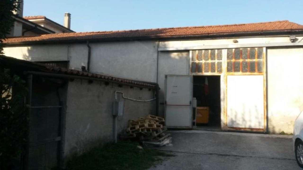 Capannone in affitto a Barzago, 1 locali, prezzo € 1.000 | Cambio Casa.it