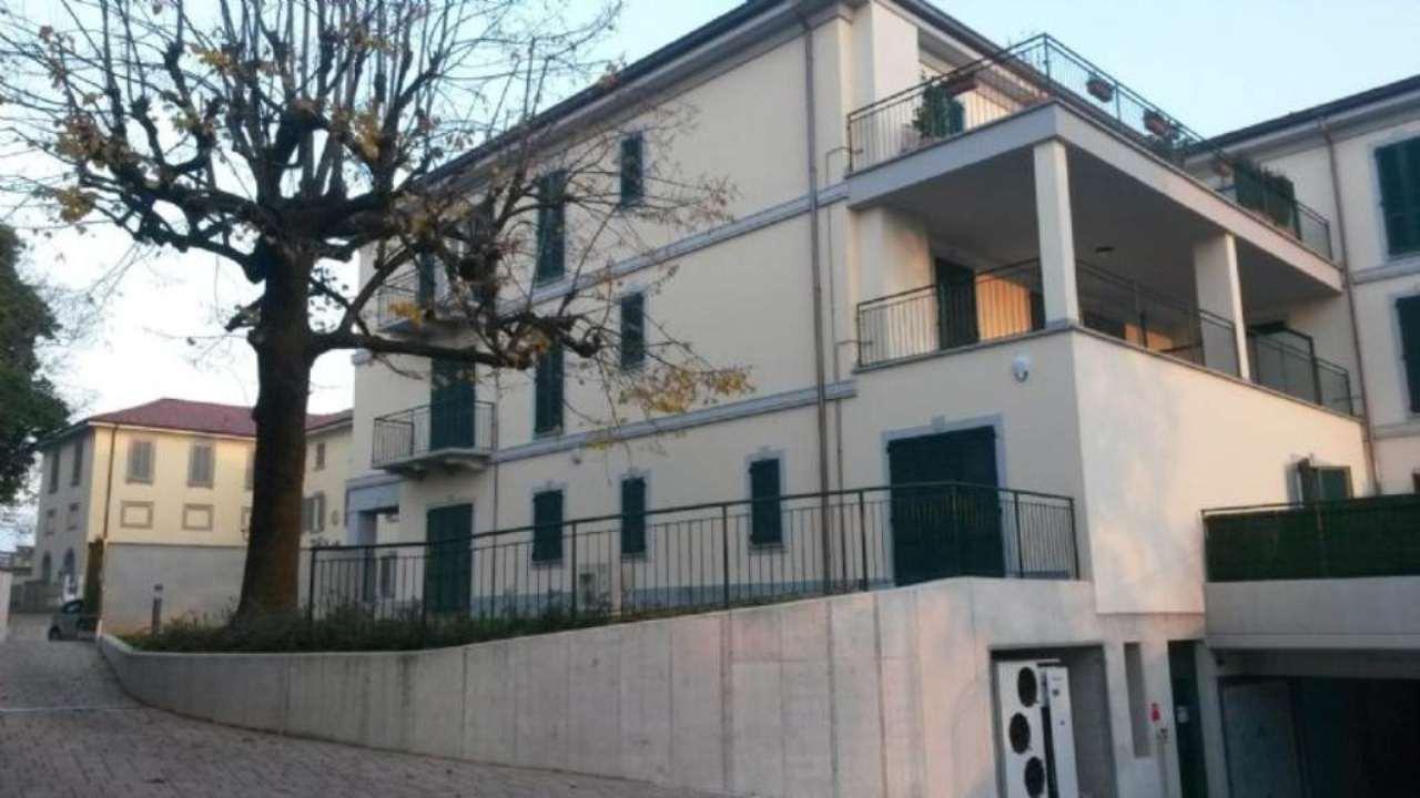 Appartamento in vendita a Molteno, 3 locali, Trattative riservate | Cambio Casa.it