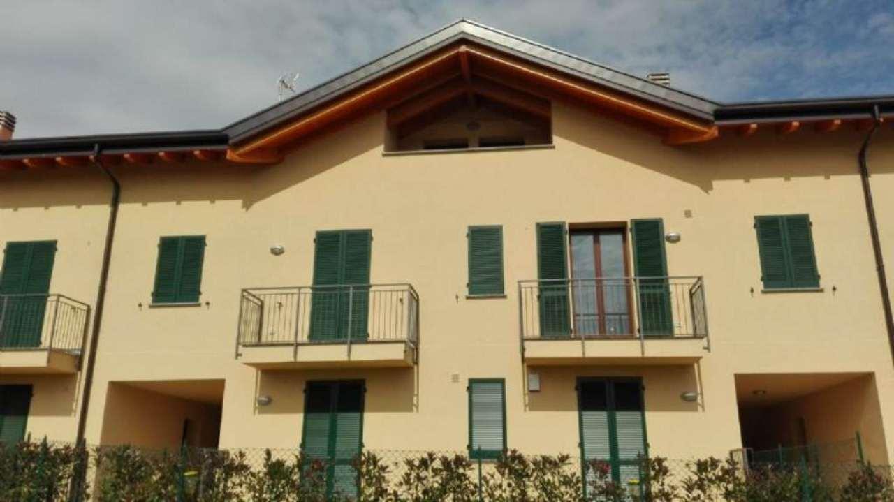 Appartamento in vendita a Rogeno, 2 locali, prezzo € 134.000 | Cambio Casa.it
