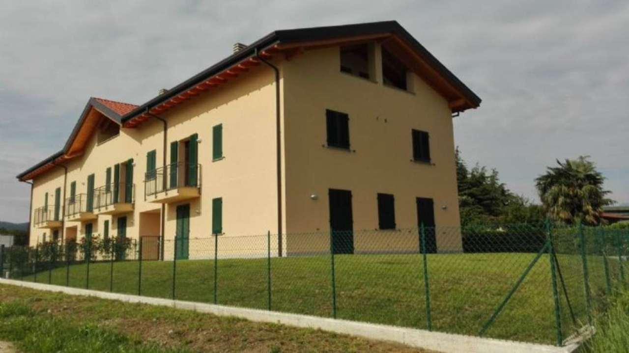 Appartamento in vendita a Rogeno, 4 locali, prezzo € 220.000 | Cambio Casa.it