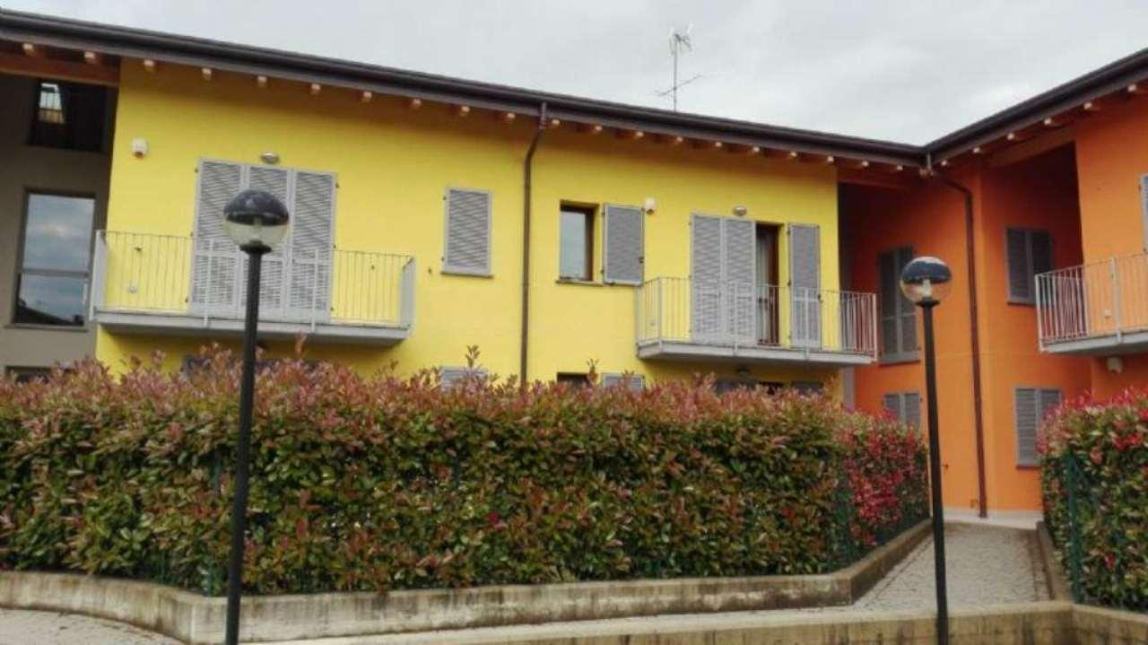 Appartamento in vendita a Cassago Brianza, 3 locali, prezzo € 178.000 | Cambio Casa.it