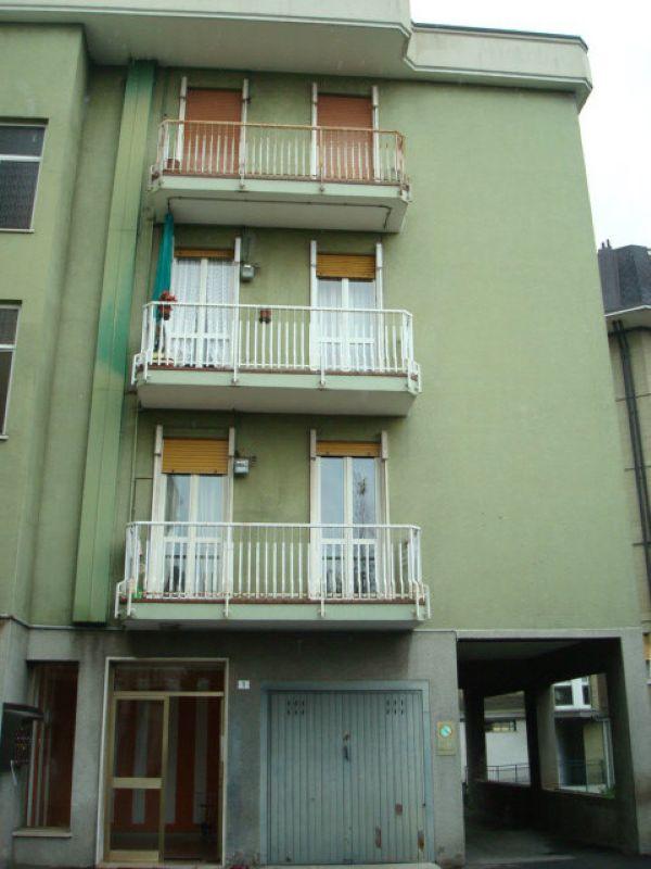 Appartamento in vendita a Bulciago, 3 locali, prezzo € 125.000   Cambio Casa.it