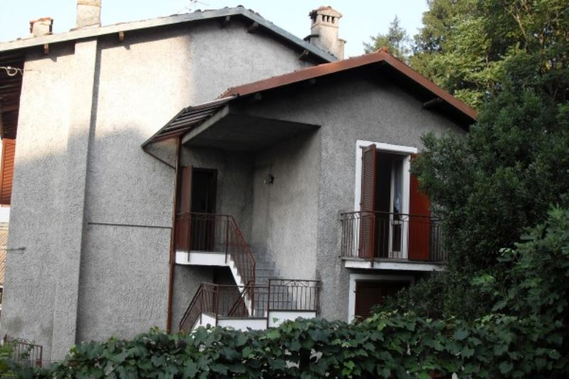 Soluzione Indipendente in vendita a Molteno, 5 locali, prezzo € 310.000 | Cambio Casa.it