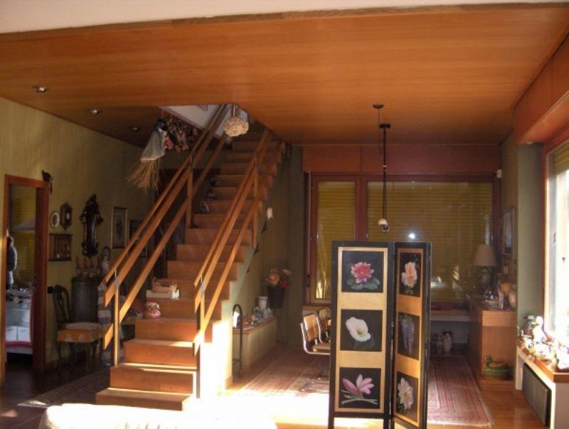 Villa in vendita a Bosisio Parini, 6 locali, prezzo € 480.000 | Cambio Casa.it