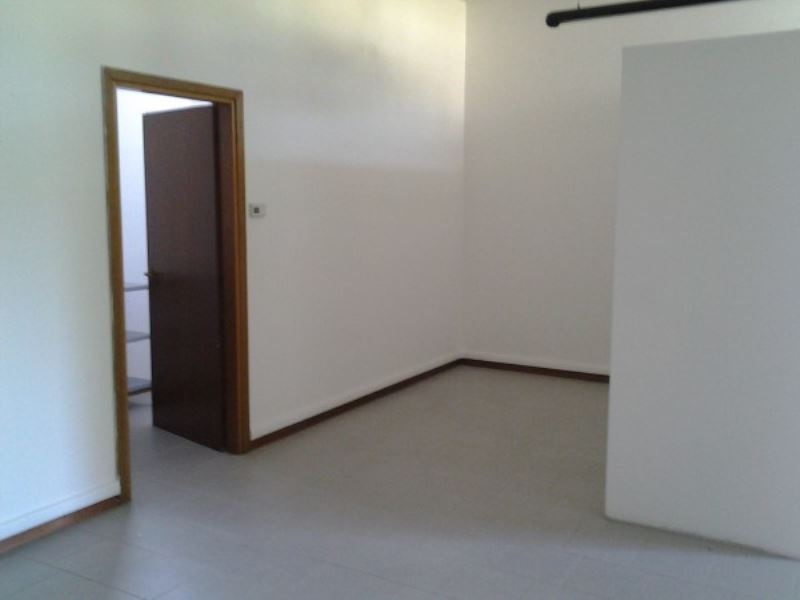 Ufficio / Studio in vendita a Molteno, 2 locali, prezzo € 80.000   Cambio Casa.it