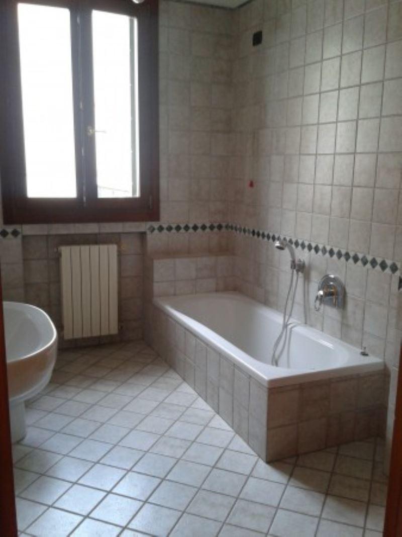 Appartamento in vendita a Piove di Sacco, 3 locali, prezzo € 180.000 | Cambio Casa.it