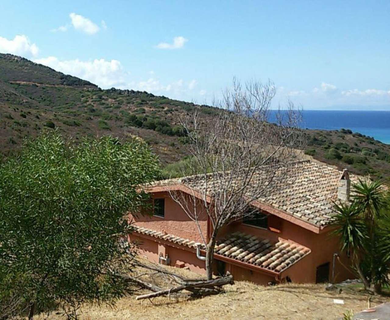 Soluzione Indipendente in vendita a Sinnai, 6 locali, prezzo € 550.000 | Cambio Casa.it