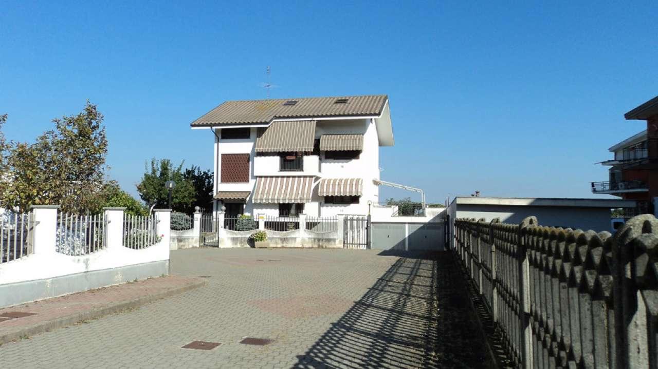 Appartamento in vendita a Volvera, 6 locali, prezzo € 195.000 | Cambio Casa.it