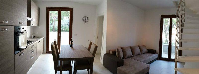 Appartamento in vendita a Cattolica, 4 locali, prezzo € 295.000   CambioCasa.it
