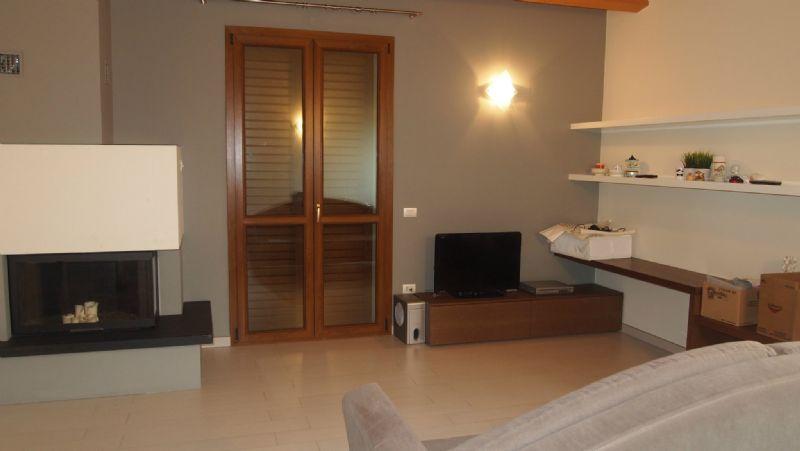 Appartamento in vendita a Gradara, 7 locali, prezzo € 335.000 | CambioCasa.it