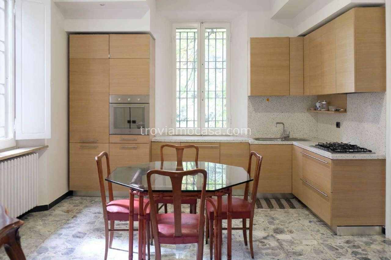Appartamento in affitto a Cattolica, 4 locali, prezzo € 1.100 | CambioCasa.it