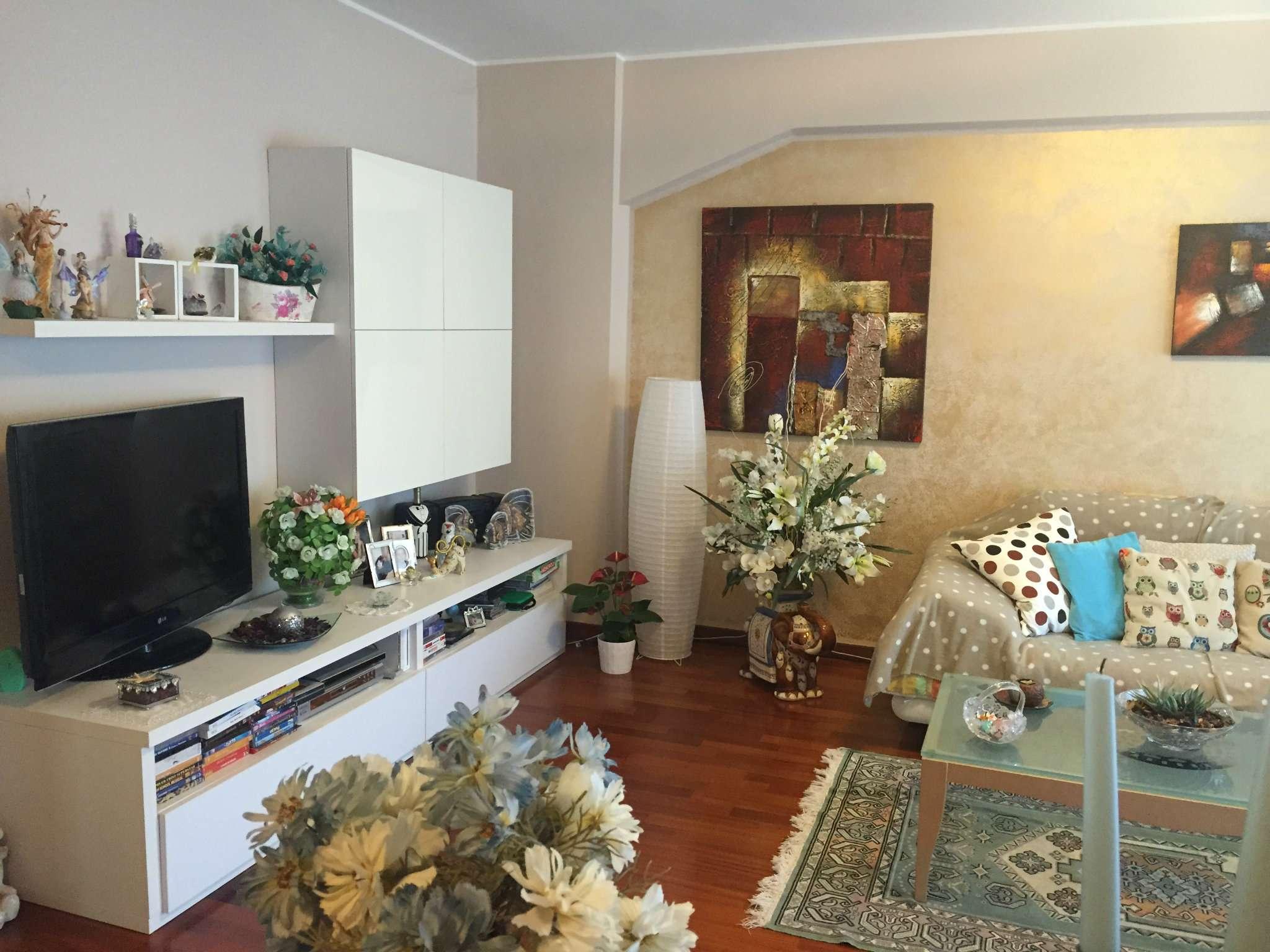 Appartamento in vendita a Zibido San Giacomo, 4 locali, prezzo € 180.000 | CambioCasa.it