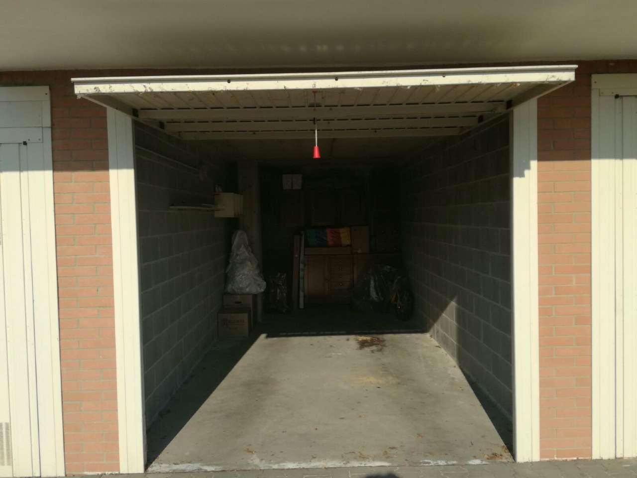 Box / Garage in vendita a Zibido San Giacomo, 1 locali, prezzo € 19.500 | CambioCasa.it