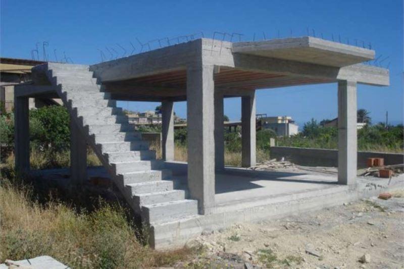 Villa in vendita a Realmonte, 4 locali, prezzo € 160.000 | Cambiocasa.it