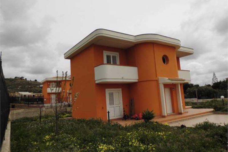 Villa in vendita a Porto Empedocle, 5 locali, prezzo € 250.000 | Cambiocasa.it