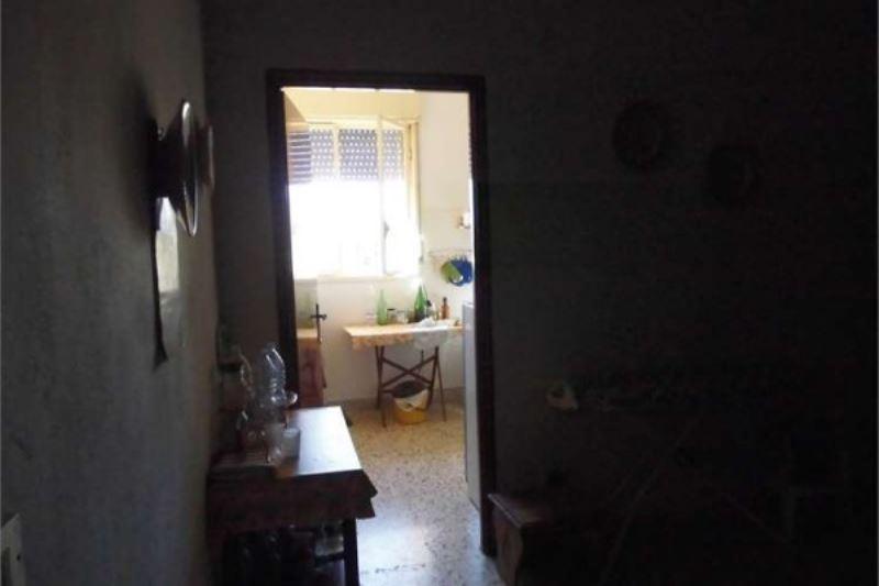 Villa in vendita a Porto Empedocle, 6 locali, prezzo € 180.000 | Cambiocasa.it
