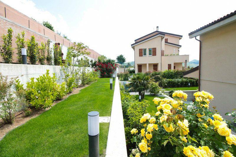 Appartamento in affitto a Casalecchio di Reno, 5 locali, prezzo € 1.150   Cambio Casa.it