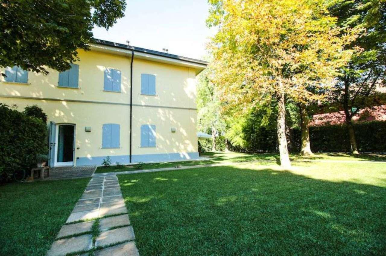 Soluzione Indipendente in vendita a Crevalcore, 7 locali, prezzo € 430.000 | Cambio Casa.it