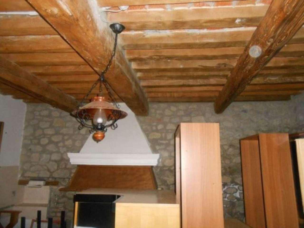 Appartamento in vendita a Monte San Pietro, 6 locali, prezzo € 72.000 | Cambio Casa.it