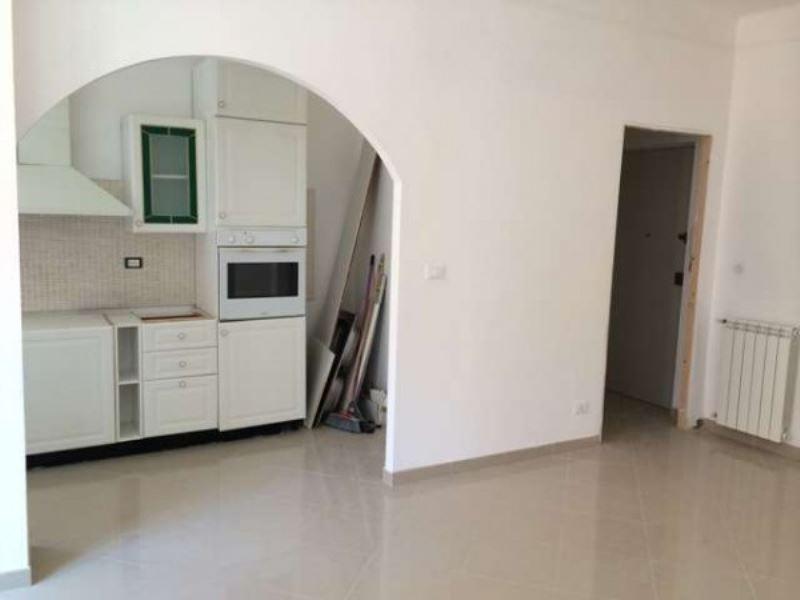 Bilocale Bordighera Via Cesare Balbo 3