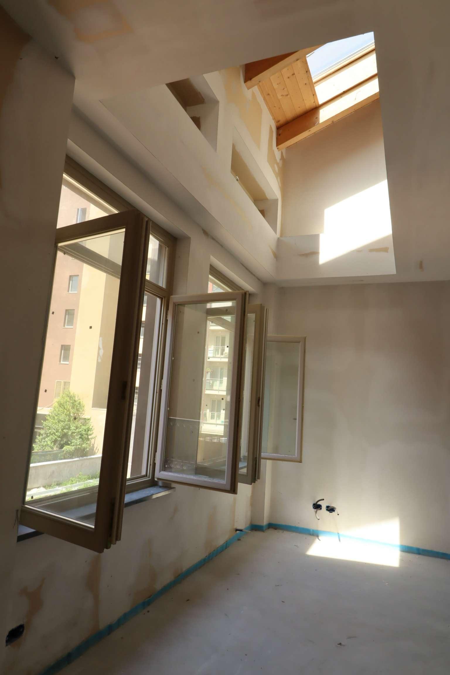 Foto 1 di Loft / Open space corso Regina Margherita  242, Torino (zona Cit Turin, San Donato, Campidoglio)