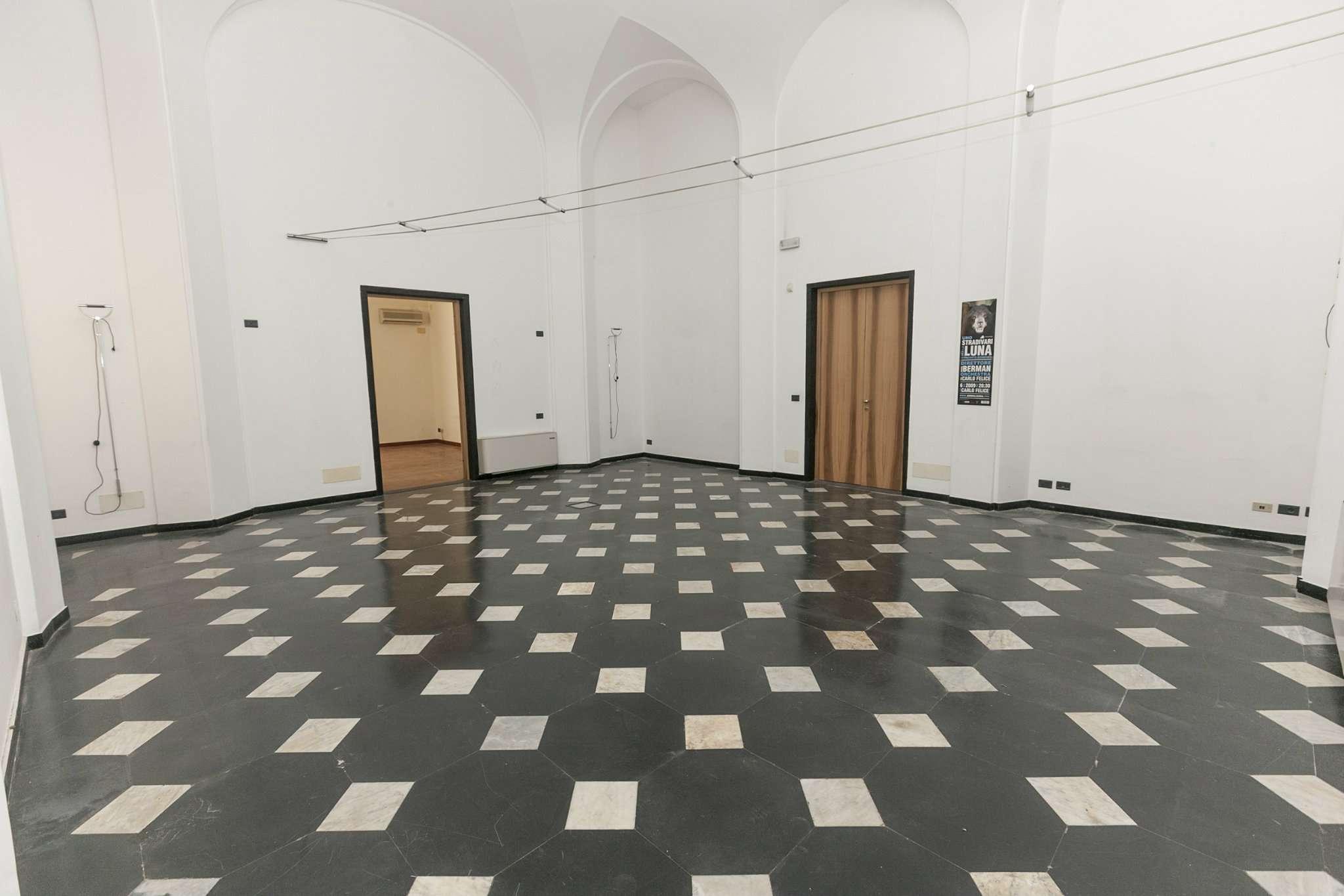 Foto 11 di Loft piazza san marcellino 2, Genova (zona Centro, Centro Storico)