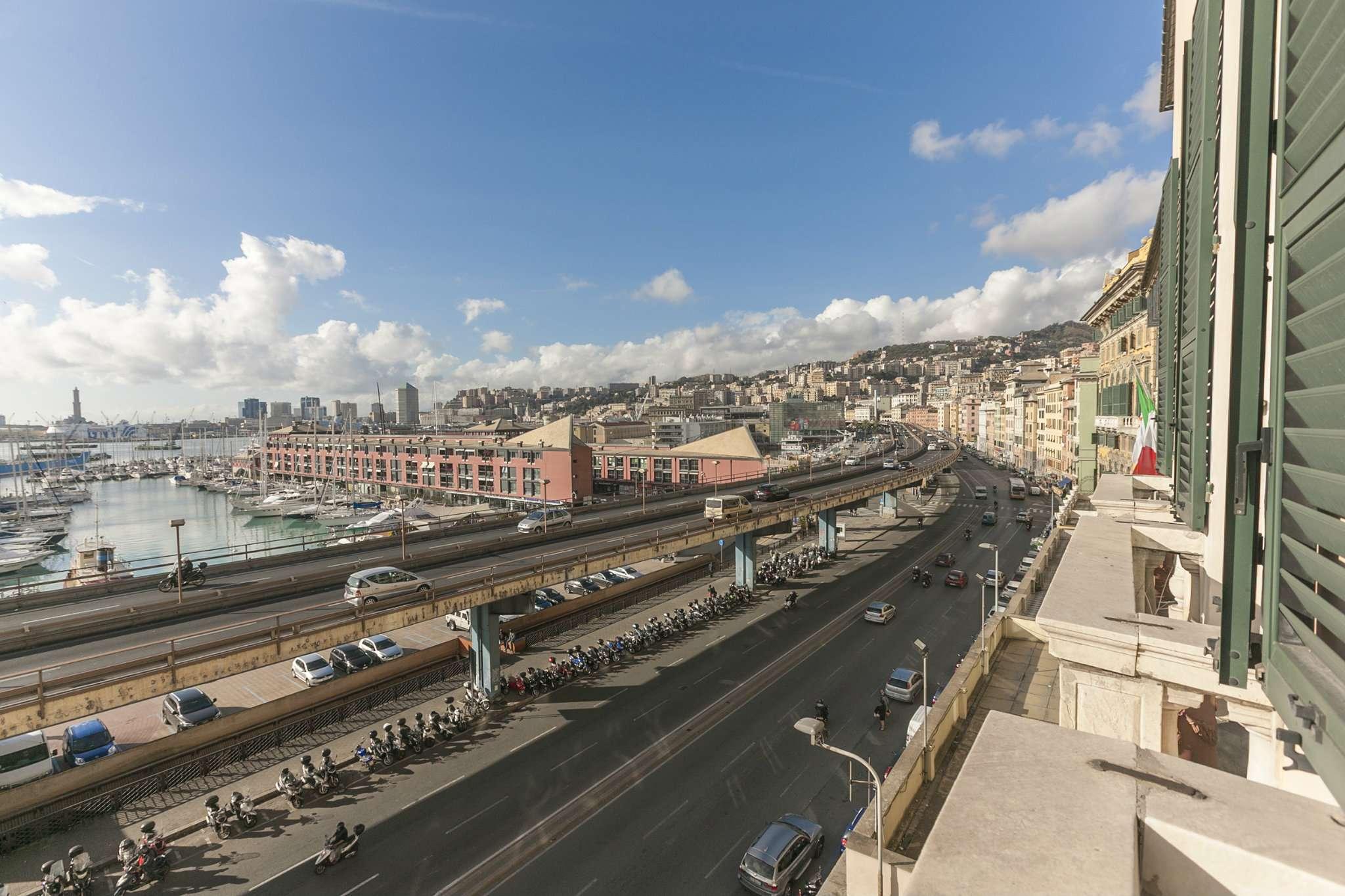 Foto 5 di Loft piazza san marcellino 2, Genova (zona Centro, Centro Storico)