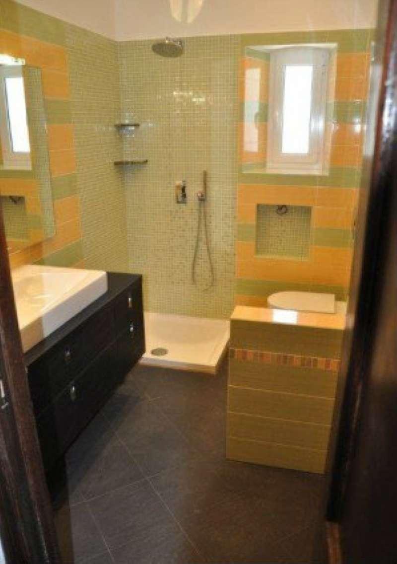 Foto 1 di Appartamento via pisacane 1, Genova (zona Carignano, Castelletto, Albaro, Foce)