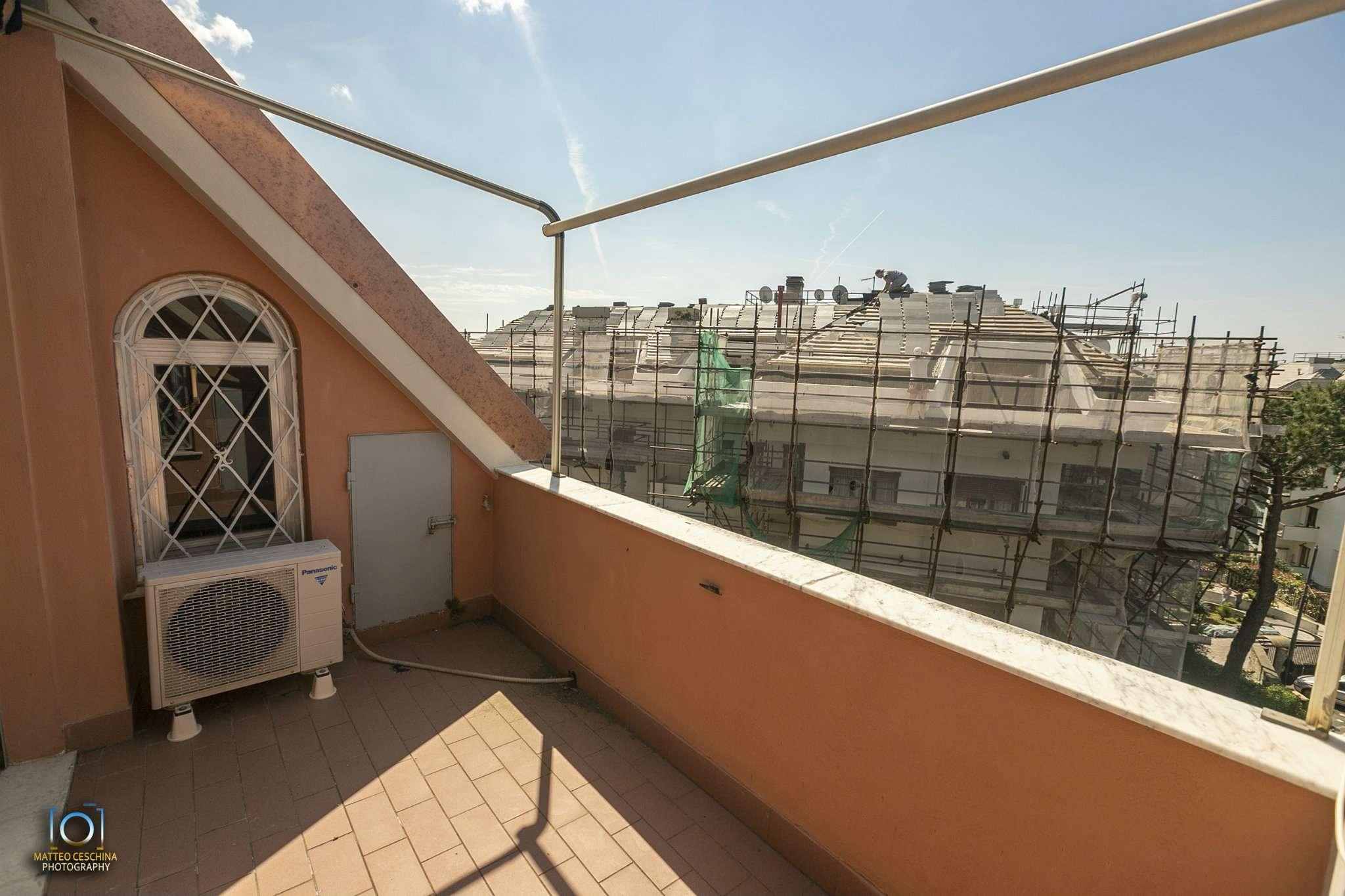 Foto 1 di Appartamento via Puggia 23A, Genova (zona Carignano, Castelletto, Albaro, Foce)