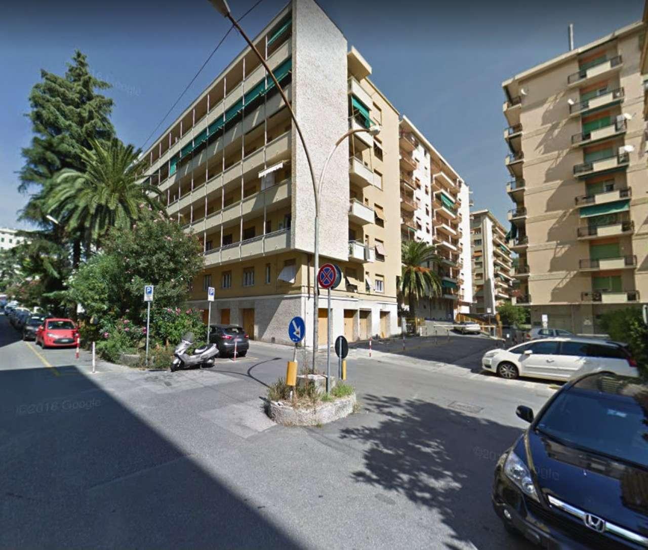Foto 1 di Appartamento via DELLA MAONA 1A, Genova (zona Pegli)