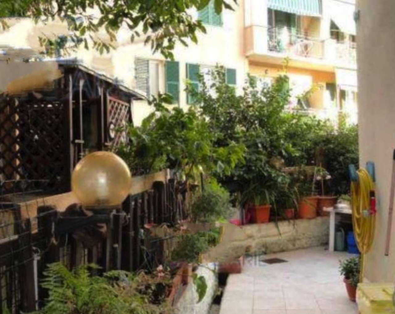 Foto 1 di Appartamento via G. DE VINCENZI 38, Genova (zona Valbisagno (Prato-Molassana-Struppa-S.Gottardo-S.Eusebio))