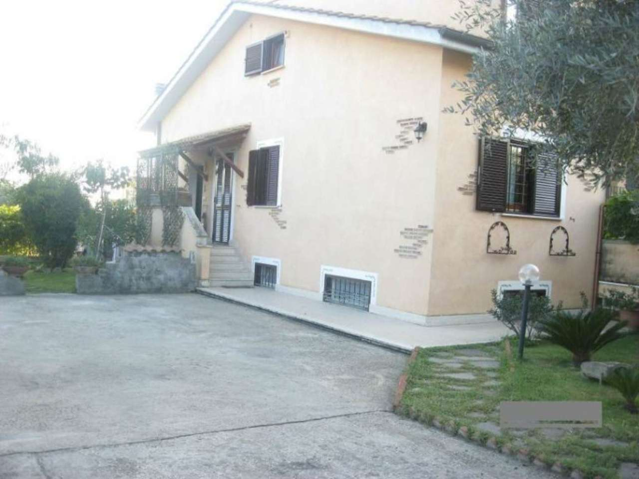 Villa in vendita a Capena, 4 locali, prezzo € 215.000 | Cambio Casa.it