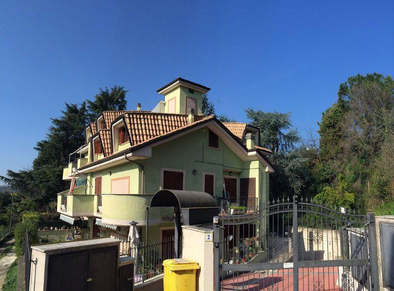 Appartamento in vendita a Capena, 3 locali, prezzo € 89.000 | Cambiocasa.it