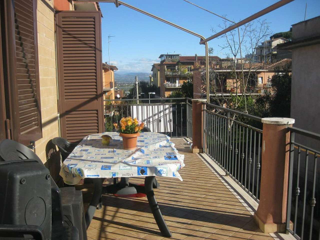 Appartamento in vendita a Castelnuovo di Porto, 4 locali, prezzo € 169.000 | Cambio Casa.it