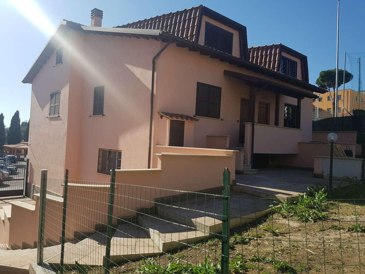 Villa in vendita a Capena, 4 locali, prezzo € 175.000 | CambioCasa.it