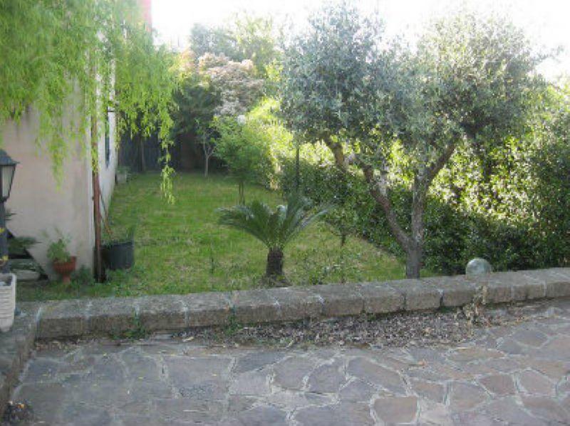 Soluzione Indipendente in vendita a Capena, 3 locali, prezzo € 185.000 | Cambiocasa.it