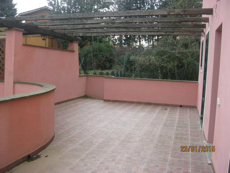 Soluzione Indipendente in affitto a Capena, 4 locali, prezzo € 750 | Cambio Casa.it