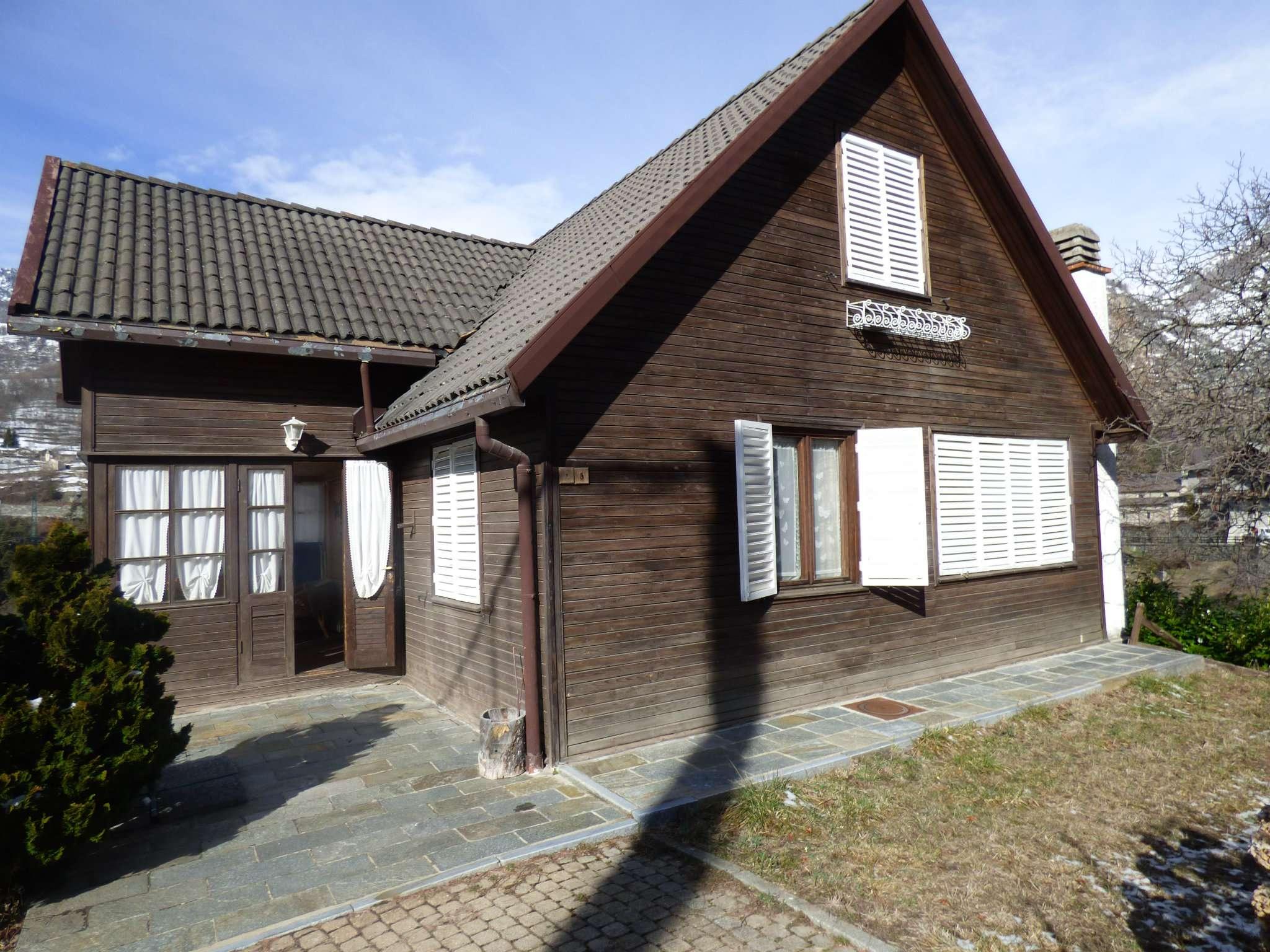 Villa in vendita a Antey-Saint-Andrè, 6 locali, prezzo € 260.000 | CambioCasa.it