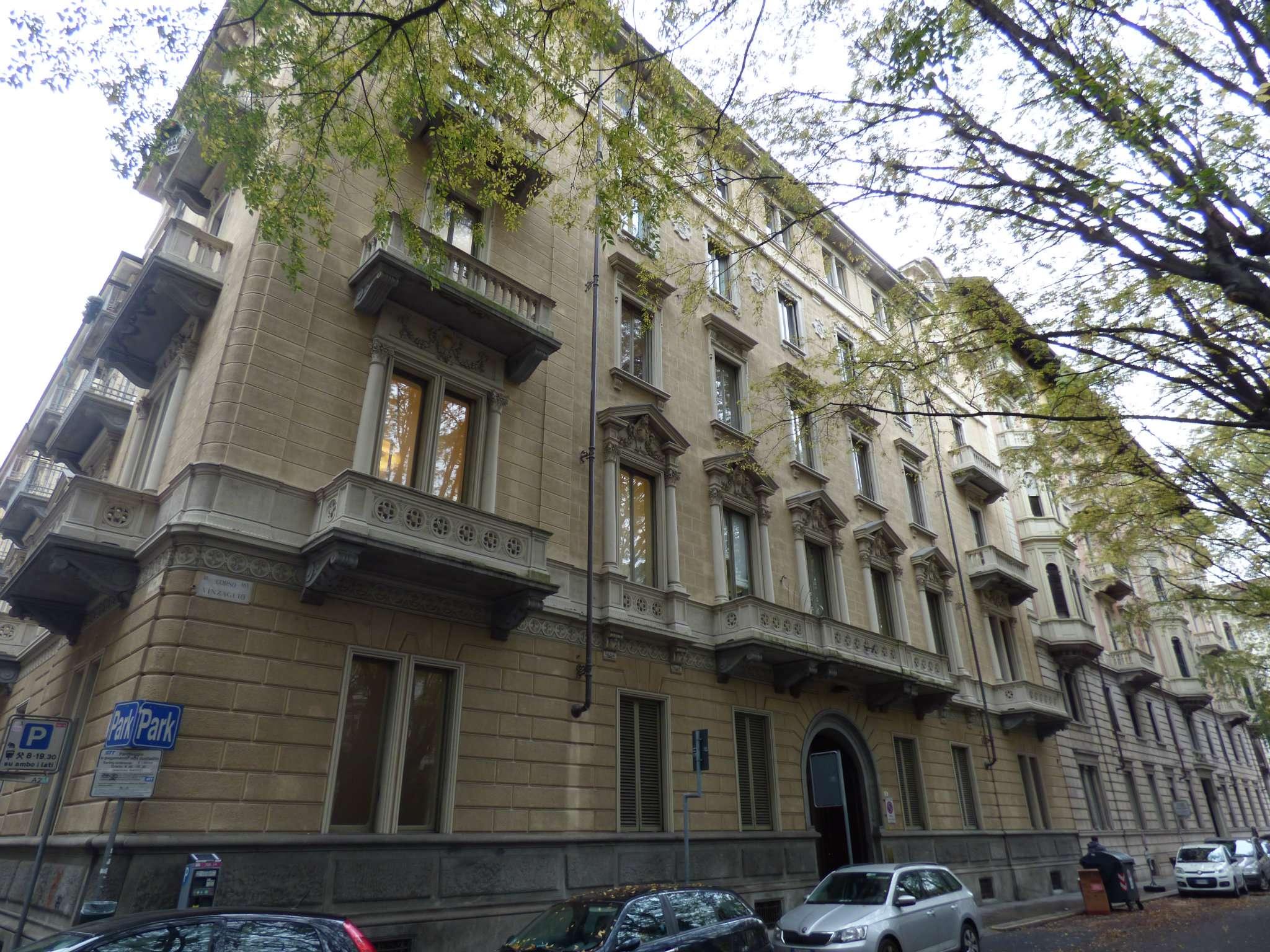 Ufficio / Studio in affitto a Torino, 7 locali, zona Zona: 1 . Centro, Quadrilatero Romano, Repubblica, Giardini Reali, prezzo € 2.600 | CambioCasa.it
