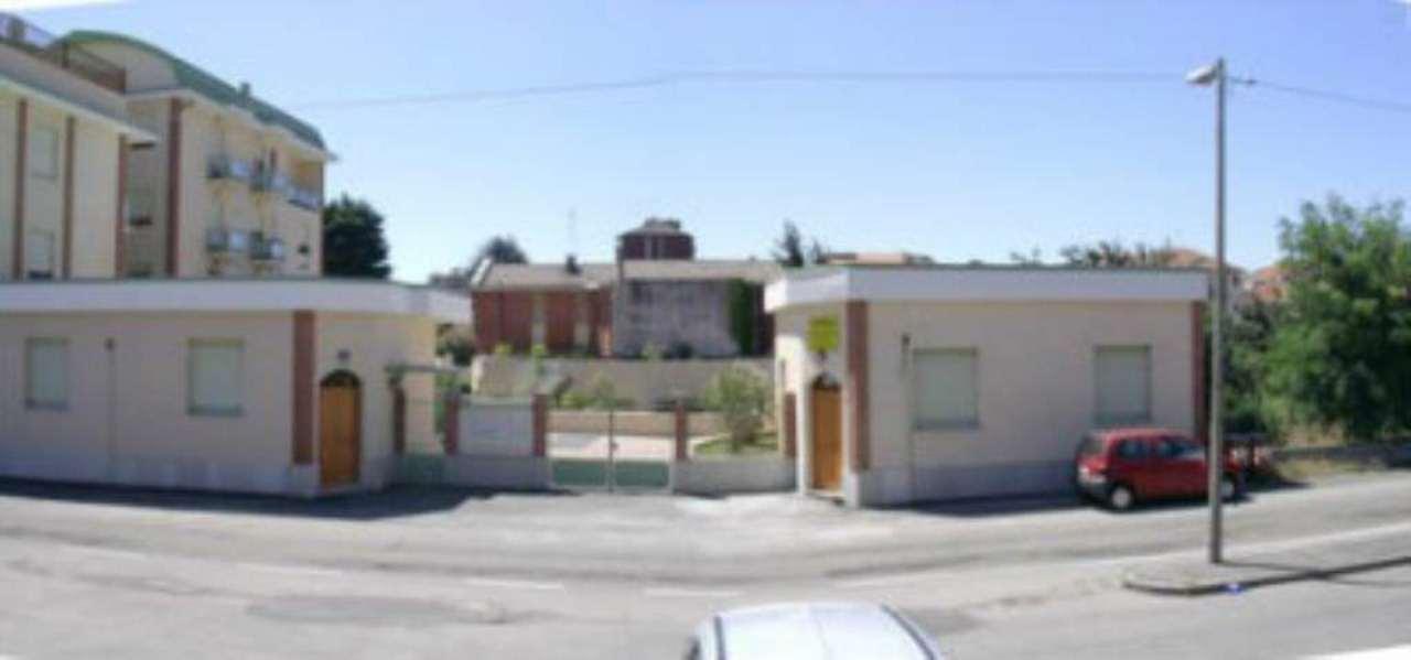 Immobile Commerciale in Vendita a Grugliasco