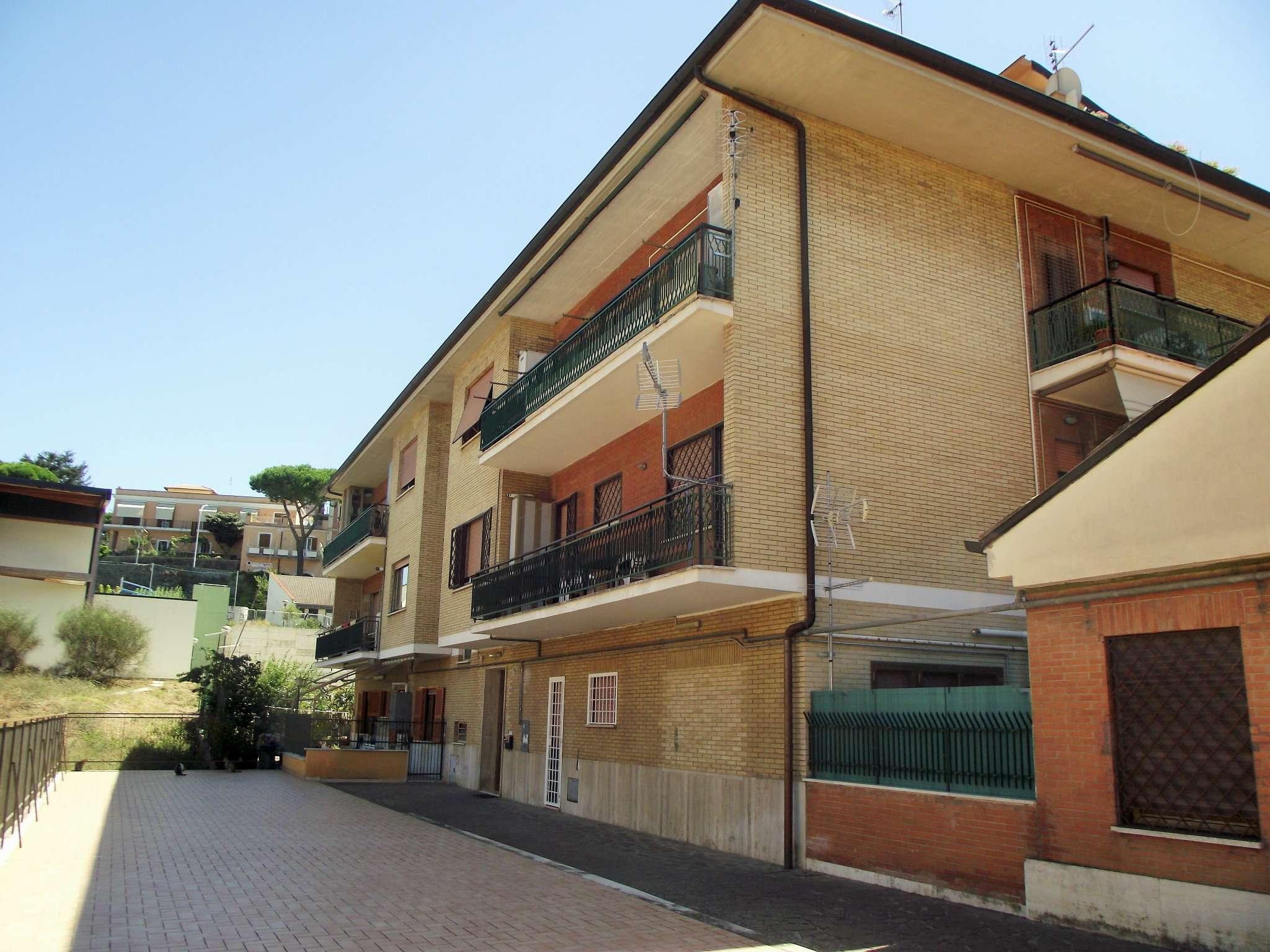 Appartamento in vendita a Monte Porzio Catone, 3 locali, prezzo € 209.000 | Cambio Casa.it