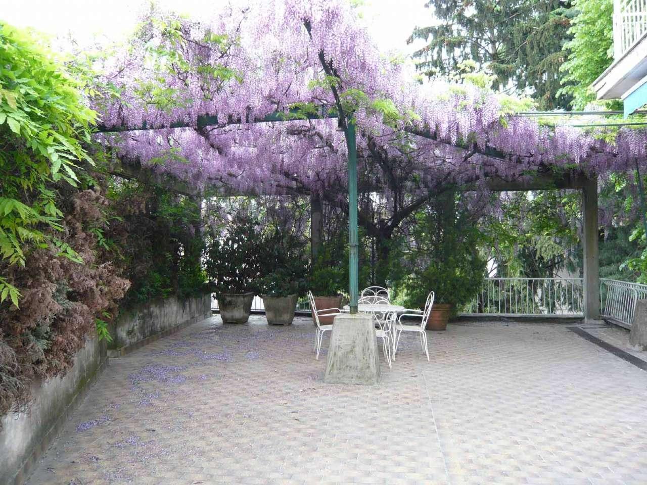 Villa in vendita a Castellanza, 5 locali, prezzo € 495.000 | CambioCasa.it