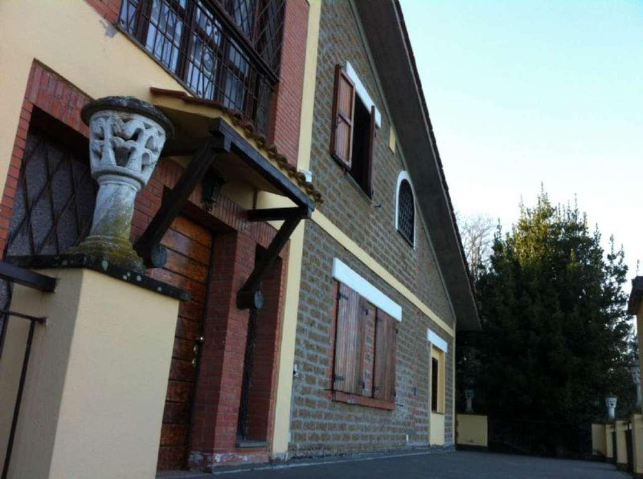 Villa in vendita a Morlupo, 10 locali, prezzo € 590.000 | Cambio Casa.it