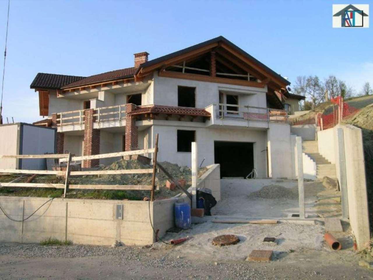 Villa in vendita a Montaldo Torinese, 9999 locali, prezzo € 400.000 | Cambio Casa.it