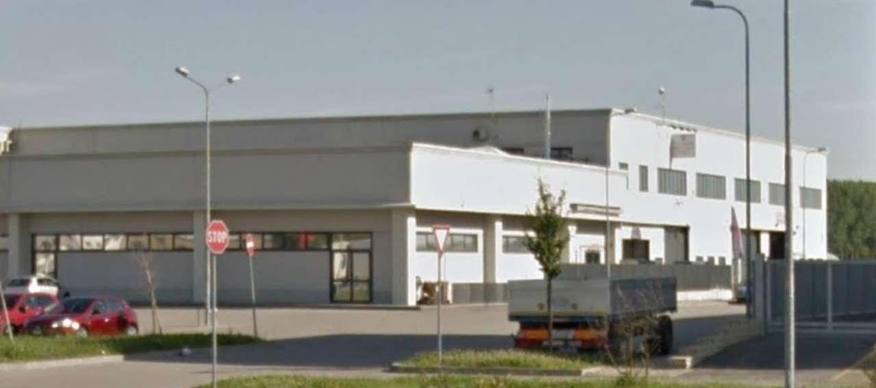 Capannone in vendita a Santena, 3 locali, prezzo € 280.000   Cambio Casa.it