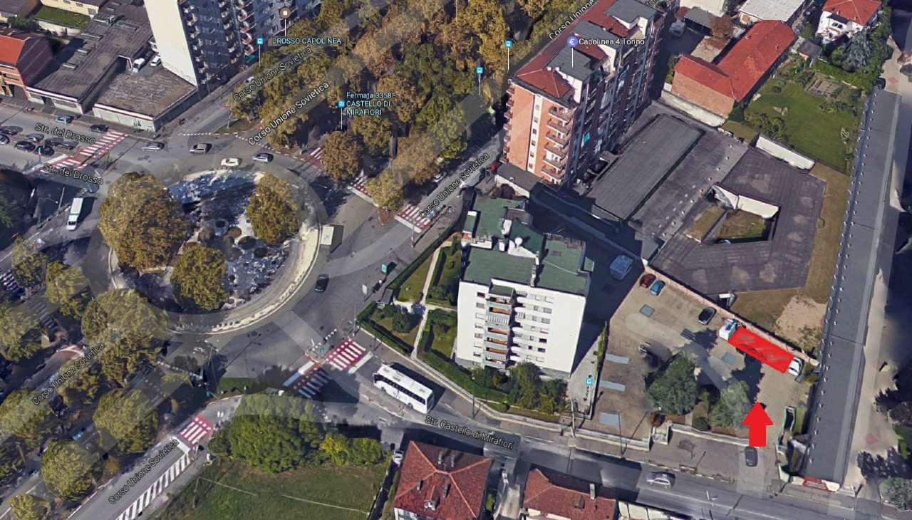 Foto 1 di Posto Auto strada Castello di Mirafiori 3, Torino (zona Mirafiori)
