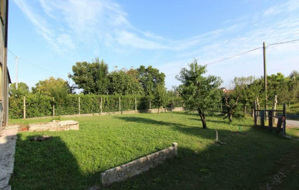 Soluzione Indipendente in affitto a Vigonovo, 4 locali, prezzo € 600 | Cambio Casa.it