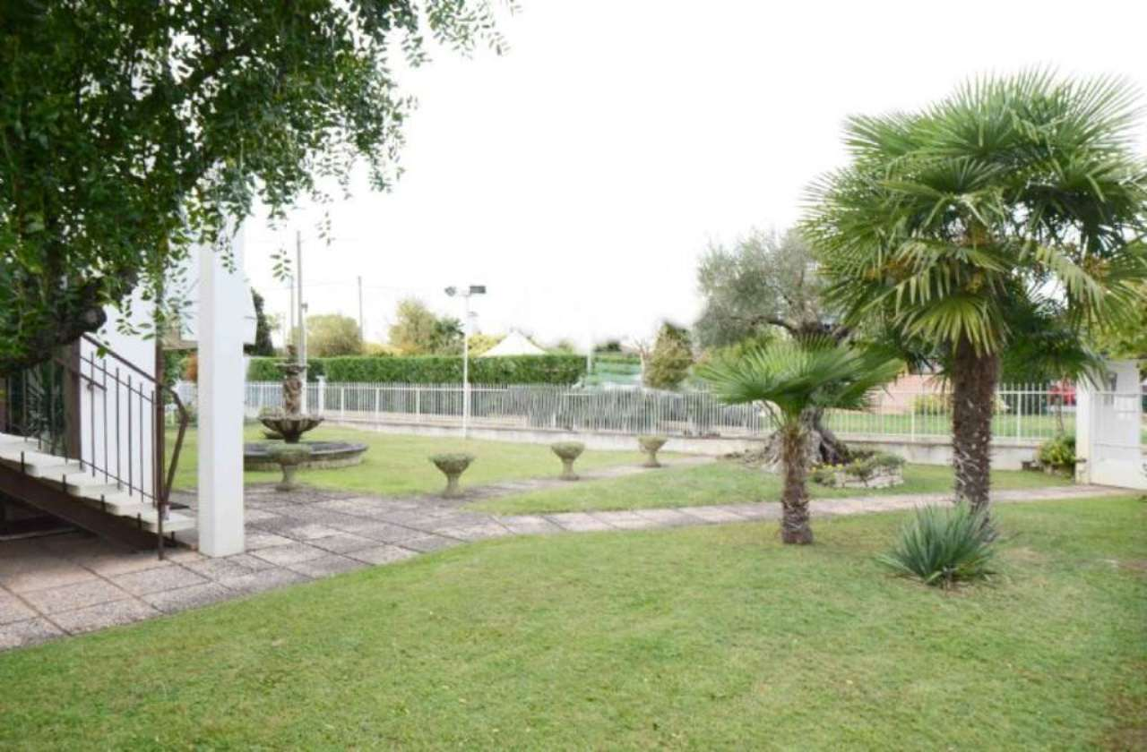 Soluzione Indipendente in vendita a Vigonovo, 4 locali, prezzo € 360.000   Cambio Casa.it