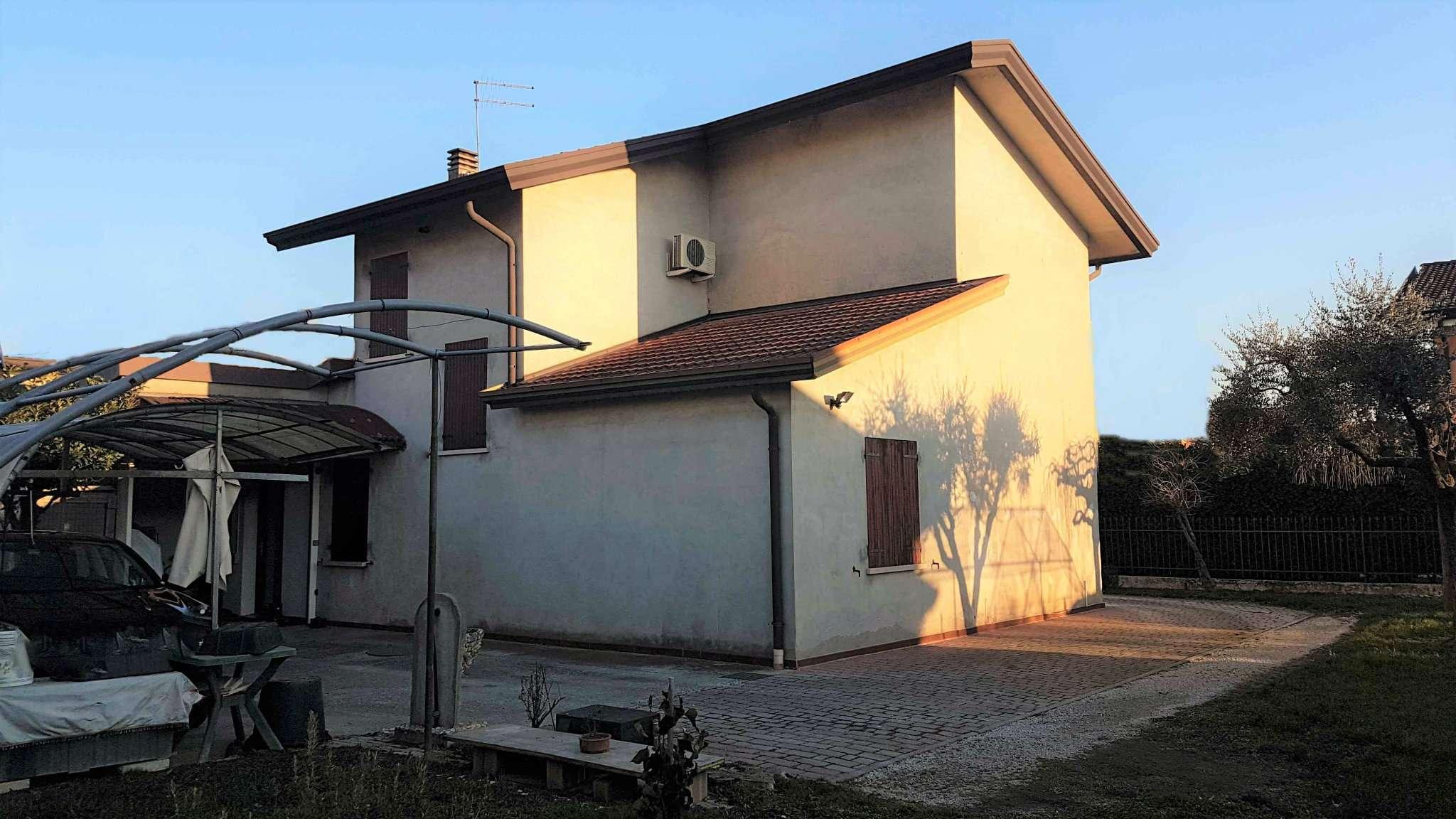 Soluzione Indipendente in vendita a Curtarolo, 4 locali, prezzo € 167.000 | Cambio Casa.it