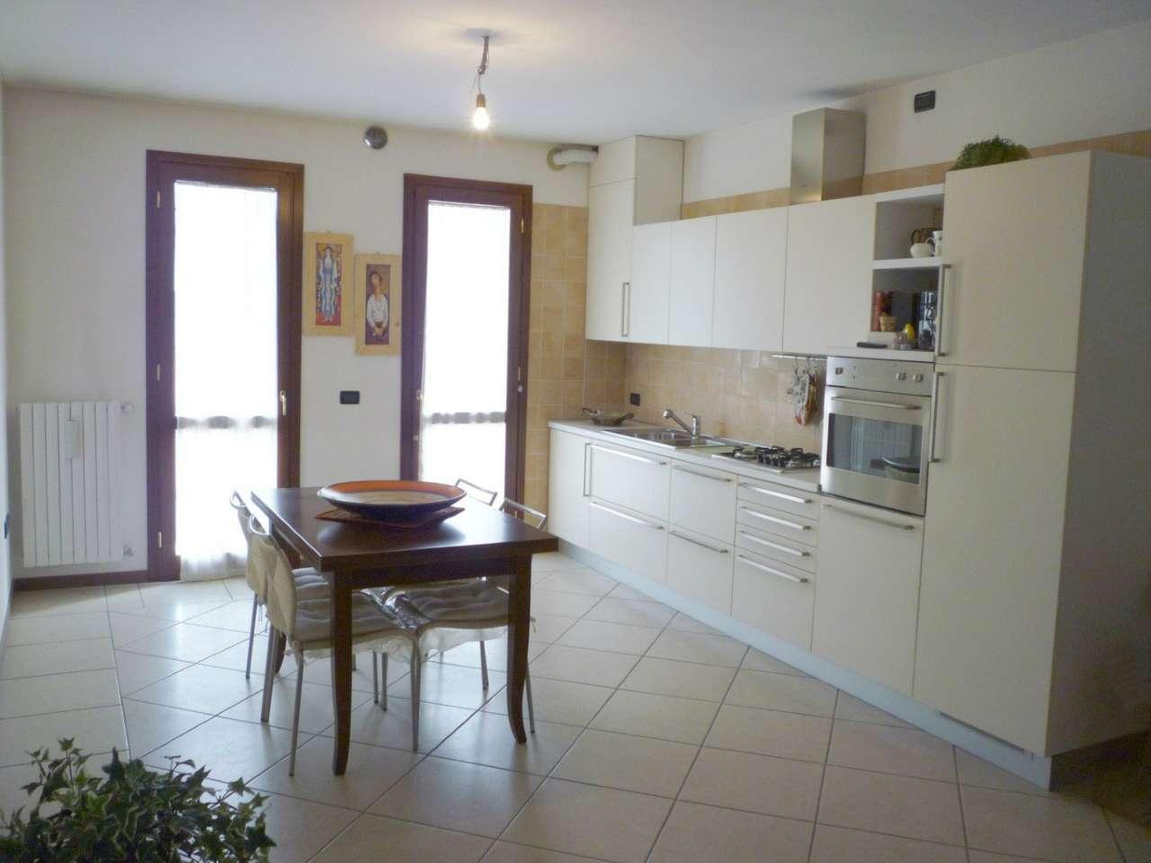Appartamento in vendita a Vigonovo, 3 locali, prezzo € 93.000 | CambioCasa.it